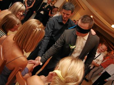 Zespół TROLL - profesjonalna oprawa muzyczna wesela Image 5