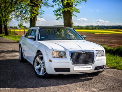 3 x Chrysler 300c (biały i ecru) Slask, Malopolska, Opolskie Image 3