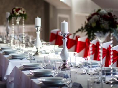 Folvark Klimosz — Tutaj zaczyna się Wasze perfekcyjne wesele Image 1