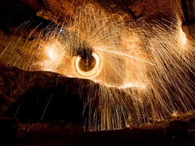 Teatr tancerzy ognia Arta Foc - fireshow - taniec z ogniem Image 3