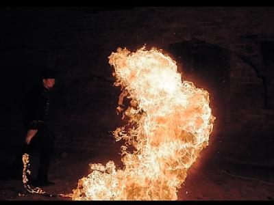 Teatr tancerzy ognia Arta Foc - fireshow - taniec z ogniem Image 6