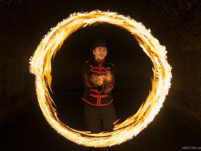 Teatr tancerzy ognia Arta Foc - fireshow - taniec z ogniem Image 8