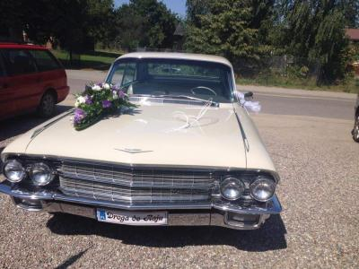 Cadillaciem do ślubu! Piękny klasyk. Niepowtarzalny